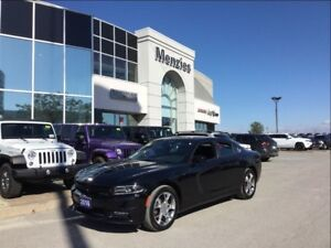 2016 Dodge Charger SXT AWD, Leather, Sunroof, Clean Carproof
