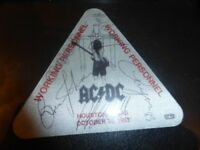 AC/DC RARE FULLY HAND SIGNED 1983 BACKSTAGE PASS-HOUSTON USA