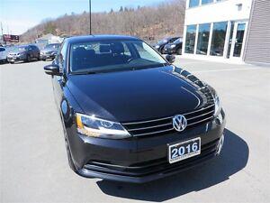 2016 Volkswagen Jetta 1.4 TSI Comfortline *Heated Seats *Moonroo