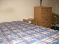 Available Double Room Close To Acton High Street And Morissons.