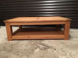 SOLID OAK LARGE LIVING ROOM COFFEE TABLE FROM NEXT