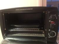 Like new counter top toaster oven - £25 - non negotiable