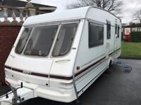 5 BERTH SWIFT CHALLENGER 490 SE LUX. BEDS EACH END,