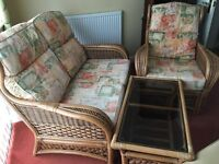 Conservatory Furniture Set in Good Condition