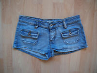 Jeans shorts size UK 6