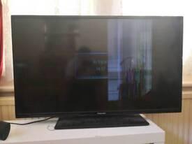 40 inch Panasonic HD tv, SCREEN BROKEN