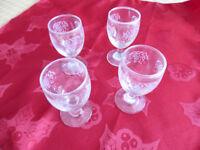 4 Vintage liqueur glasses