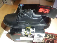 Safety Shoes Black rockes in size 8