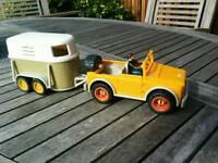 Schlech Horse trailer and pick up truck