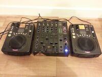 BEHRINGER PRO MIXER DJX750 & 2 x AMERICAN AUDIO CDI300 (MP3)
