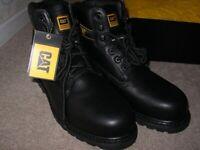 CAT boots, brand new unworn, size 9 gents.