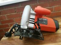 Black and decker,CD602,1150w,circle saw