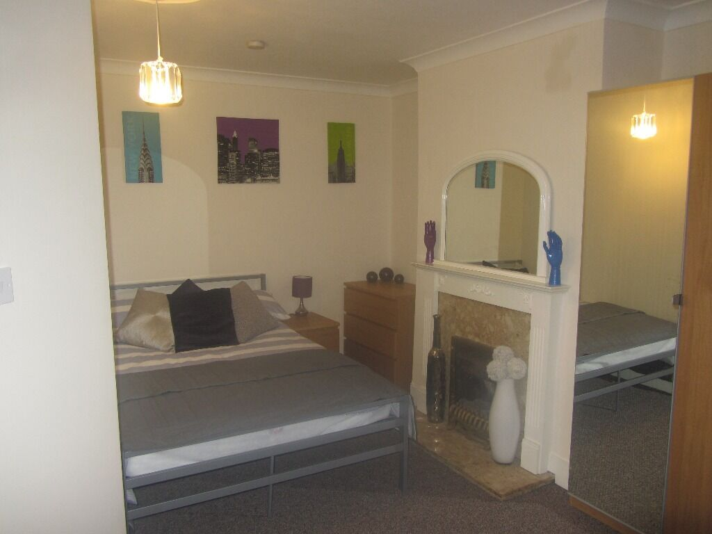 DOUBLE ROOMS TO RENT IN EAST HAM FROM £550 WITH ALL BILLS INCLUDED + WIFI!! GARDEN AND PARKING!