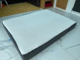Casper kingsize memory foam mattress