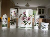 5 pieces of Portmeirion pottery.