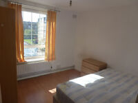 Stunning 3 bedroom flat in Bethnal Green, E2 with a beautiful view*council tax and water bill incl.*