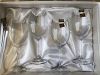 4x Wine glasses with Swarovski crystals