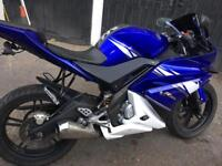 Yamaha YZF R 125 2011 in good condition.