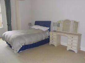 Spacious 2 Bedroom Flat in Kingsborough Gardens