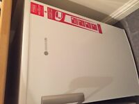 Hoover undercounter Fridge 6 mths old immaculate