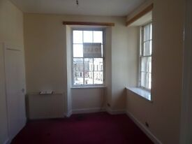 one bed flat in town centre forfar with GCH and newly decorated throughout £390 pcm
