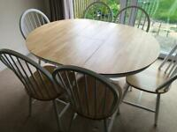 Collection Kentucky Extendable 4 - 6 Seater Table with 6 chairs