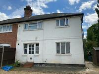 Studio flat with parking - Guildford