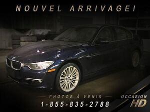 2013 BMW 328 i xDrive + LUXURY LINE + GARANTIE + NAVI + TOIT +