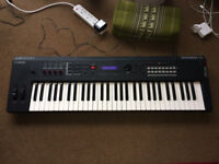 Yamaha MX61 studio and performance synthesizer