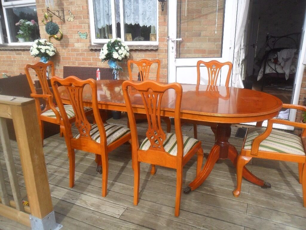 Yew Dining Room Furniture Traditional Style Yew Extending Double Pedestal Dining Table And 6
