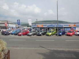 Peugeot 208 (ICE VELVET) FREE MOT'S AS LONG AS YOU OWN THE CAR!!!! (white) 2012