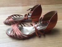 """Ladies'/Girls' Satine Ballroom & Latin Dance Shoe 1.5"""" heel - Freed - Size 4"""