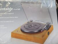 LIMIT USB(or line in)TURNTABLE, LIGHT OAK, HARDLY USED. BOXED. upload your vinyl, software included