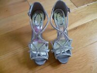 Prom, Ball, Wedding Diamonte/Silver Satin Sandals and Clutch Bag