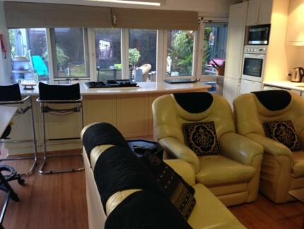UPMARKET DOUBLE ROOM  CLOSE TO SCARBOROUGH FLOREAT & CITY BEACH Wembley Downs Stirling Area Preview