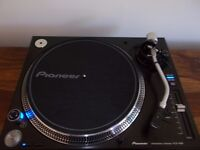 PIONEER PLX-1000 Direct Drive turntable as new