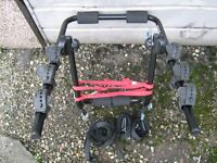 BIKE/CYCLE,CARRIER/RACK IN VERY GOOD CONDITION, HOLDS UP TO 3 BIKES.