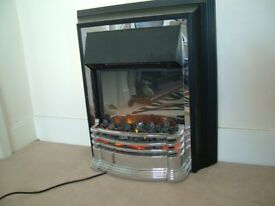 EXCELLENT ELCTRIC FIRE WITH REAL FLAME EFFECT