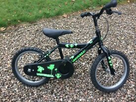 WEE BOYS BIKE GOOD CONDITION