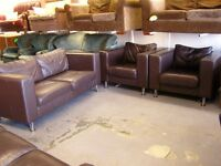 Leather 3 Piece Suite in Dark Brown Leather. 3 Seater Sofa Settee and 2 Armchairs