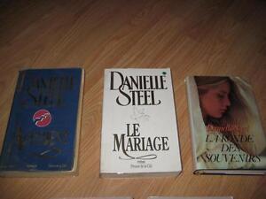 Les 3 livres Danielle Steel pour 8$.