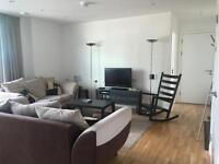 Stunning 1 Bed Apartment, Heart of Stratford Village! Luxury Living, Fully Furnished, Ready to Move