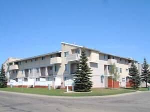 Kensington Place 9736 - 3 Bedroom Townhouse Apartment for Rent