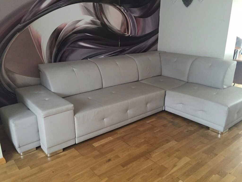 Used Extra Large Leather Corner Sofa Bed Sleep Function 5 Seater Rrp 750