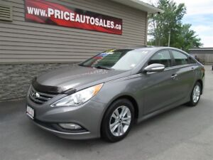2014 Hyundai Sonata GLS - SUNROOF - HEATED SEATS - BACK-UP CAM!!