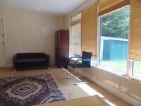 Dss Welcome, Spacious 2 bedroom Garden flat available in Hendon Sunny Hill Park