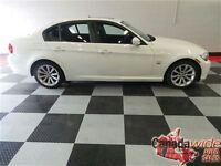 2011 BMW 328 i xDrive/AWD/LEATHER/SUNROOF