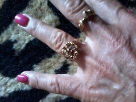 GARNET CLUSTER GOLD RING