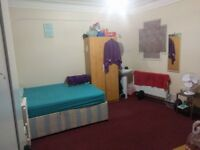 Extra Large double room in kingsbury fully furnished and refurbished £600 including bills