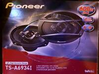 Pioneer TS-A6934I Coaxial 6*9 600w speakers.